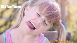 Bite or hold (one's) tongue 舌を噛む、舌を動かさないと人間どうなる?