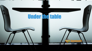 Under the table, Under the counter テーブルやカウンターの下ですること?